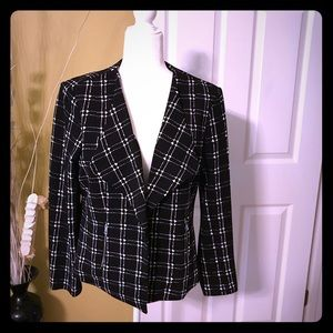 Swing jacket side pocket zipper new without tags